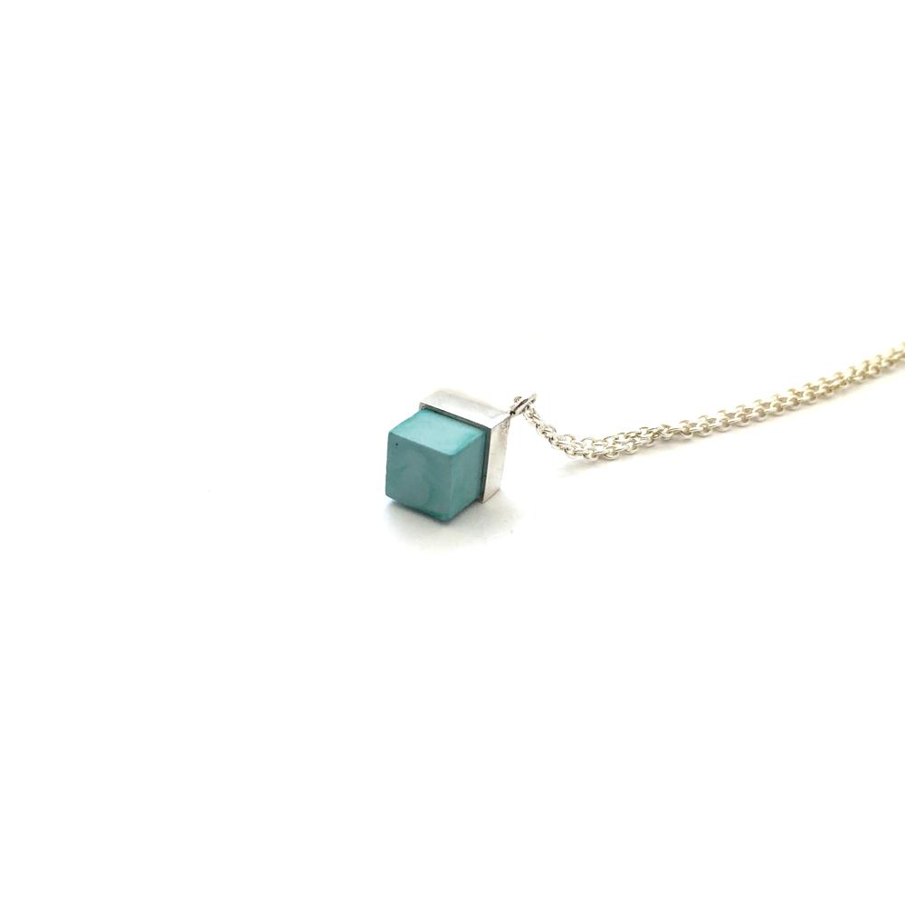 jade-necklace